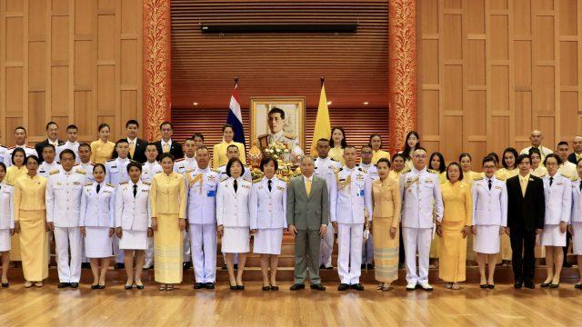 เนื่องในโอกาสมหามงคลเฉลิมพระชนมพรรษาพระบาทสมเด็จพระเจ้าอยู่หัว28 กรกฎาคม2562 ข้าราชการทีมประเทศไทยพร้อมด้วยเจ้าหน้าที่ประชาชน ณกรุงแคนเบอร์ราร่วมกับวัดธัมมธโรได้จัดพิธีทำบุญตักบาตรถวายเป็นพระราชกุศลและพิธีจุดเทียนถวายพระพรชัยมงคลณวัดธัมมธโรและพิธีถวายพระพรชัยมงคลณอาคารศาลาไทยสถานเอกอัครราชทูต